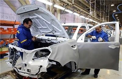 نقدینگی سرگردان به بازار خودرو هجوم آوردهاند